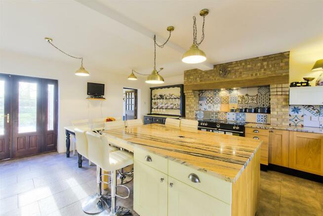 Willow End Kitchen3