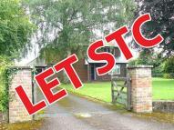 4 bedroom Detached property to rent in Brampton Abbotts...