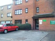 1 bed Flat to rent in Waterside, Cowley...