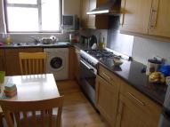 4 bed Flat to rent in Park View Road...