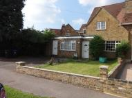 4 bed semi detached property in Chequers Orchard, Iver...