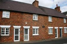 2 bed Cottage in 2 bedrooms - May Road...