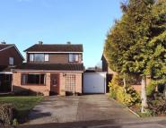 Detached house in Meadway, Harrold
