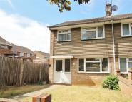 End of Terrace house to rent in Holgate Drive, Luton