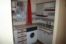 Ground Flat to rent in Greenford/Northolt...