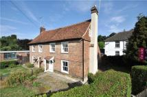 3 bedroom semi detached house in London Road, Westerham...