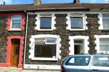 3 bed Terraced home in Meadow Street...