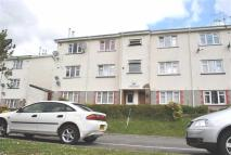 2 bed Flat for sale in Rowan Close...