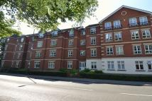 Flat to rent in St Peters Close...