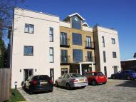 2 bed Flat to rent in Garland Road...