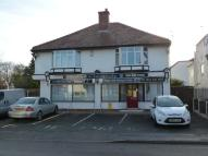 Flat to rent in Milner Road, Heswall...