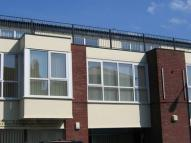 2 bed Flat to rent in Orchard House...