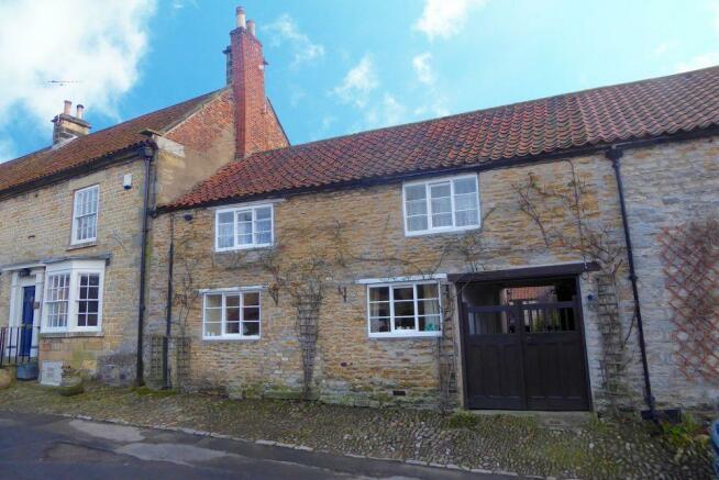 2 bedroom cottage for sale in 14 little garth church street kirkbymoorside yo62 6az yo62