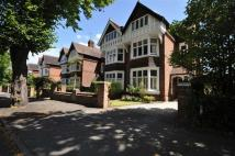 5 bedroom semi detached home in Adelaide Road...