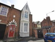 2 bedroom End of Terrace property in Wood Street...