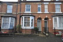 2 bedroom End of Terrace house to rent in Strathearn Road...