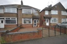 3 bed semi detached house to rent in Tachbrook Road...