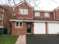 3 bedroom semi detached house to rent in Braemer Road, WS11 9QF