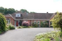 4 bedroom Detached Bungalow in Otterbourne