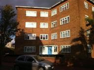 Flat to rent in Bradfield Drive, Barking...