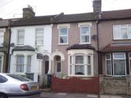 2 bed Terraced home to rent in Kingsland Road, London...