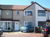 3 bedroom property in Beamway, Dagenham, RM10