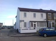 1 bedroom Studio flat to rent in Whalebone Grove...