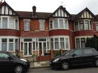 3 bed Terraced house to rent in Lynford Gardens, Ilford...