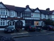 Studio apartment to rent in Eccleston Crescent...