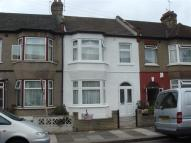 Terraced home to rent in KINGSTON ROAD, Ilford...