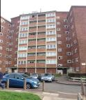 1 bedroom Flat in CURZON CRESCENT, Barking...