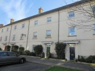 4 bed Town House to rent in Peverell Avenue West...