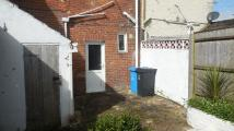 Ground Flat to rent in North Lodge Road, Poole...