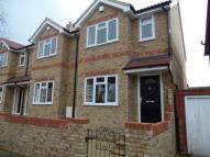 3 bed End of Terrace house in Granville Avenue, London...