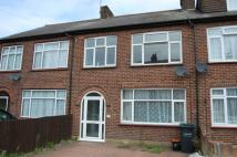 3 bed house to rent in Lingfield Road...