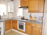 4 bedroom Flat to rent in Bowes Road, London, N11