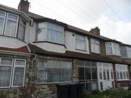 Apartment to rent in Rydal Way, Ponders End ...