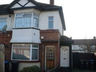 2 bed Apartment in Glenloch Road, Enfield