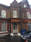 Studio flat in Windmill Hill, Enfield...