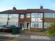 Terraced house to rent in Chestnut Grove...