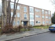 Flat in Albany Road, Enfield