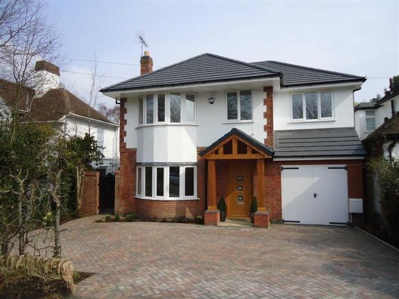 5 bedroom detached house for sale in manor road extension for 3 bedroom house extension ideas