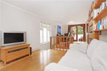 3 bed End of Terrace home for sale in Ellington Street, London