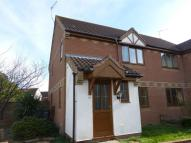 3 bed semi detached property to rent in Old Market Close, Acle...