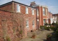 2 bed Terraced property in Schools Hill, Cheadle...