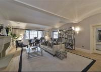 2 bedroom Flat for sale in Stanhope Terrace...