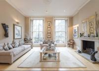 6 bed Terraced house in Connaught Square...
