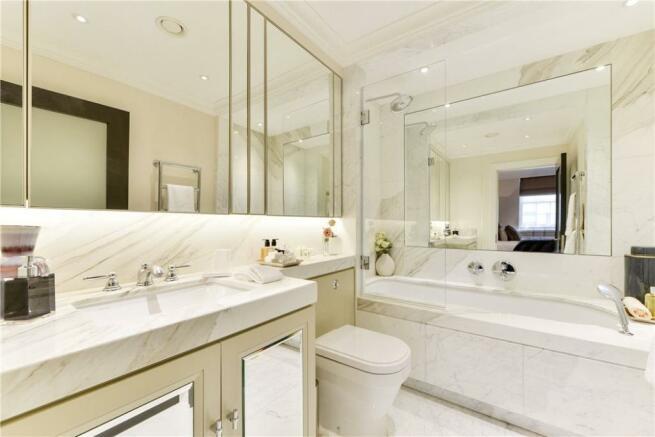 Bathroom : W2