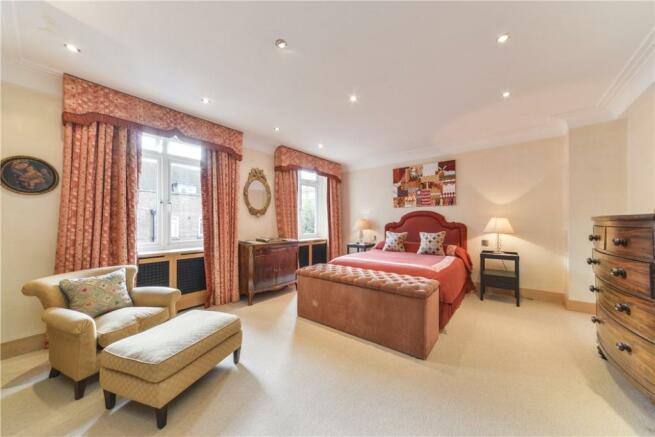 Bedroom W2