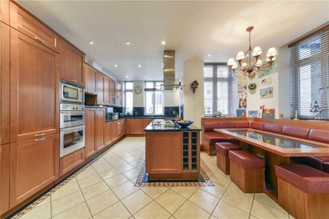 Kitchen W2